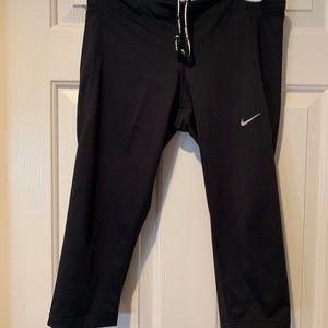 Black Nike Capri
